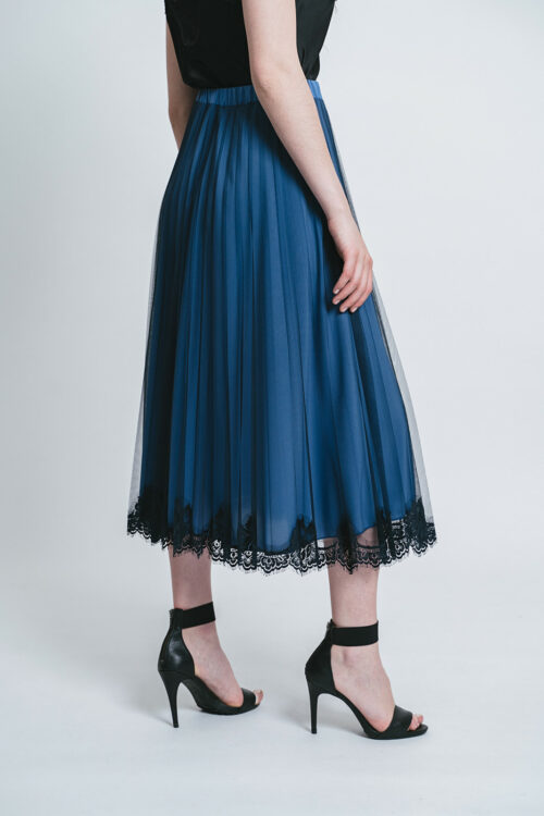 Pleated tulle Skirt with lace details