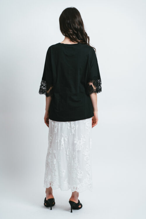 Oversize t-shirt with lace Andrea