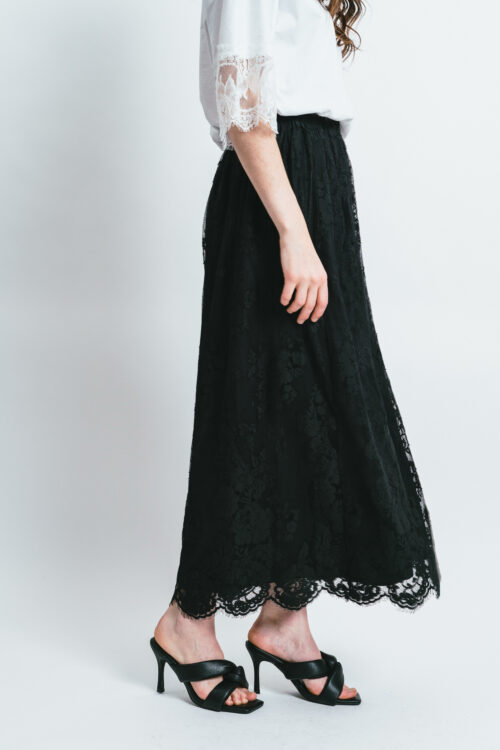 Light lace skirt Lara