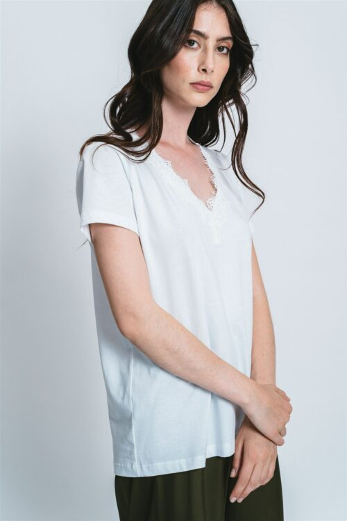 V neck t-shirt with lace Stella