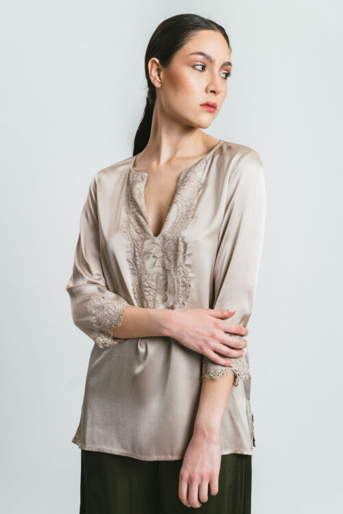 Shirt with lace Iris