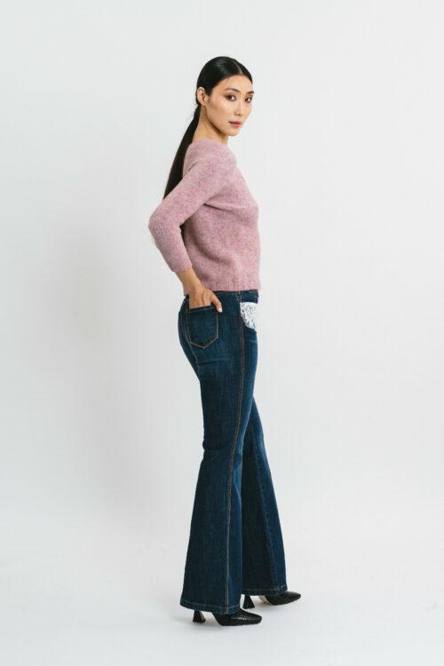 Slim V-neck sweater