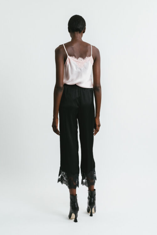 Trousers with lace on the bottom